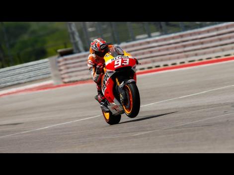 MotoGP Austin 2014, Marquez Juara, Honda Dominan, Lorenzo Jump Start | prasetyo676.com