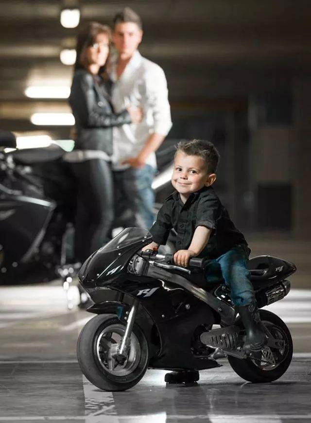 Image Otomotif Motor Sport Anak Kecil